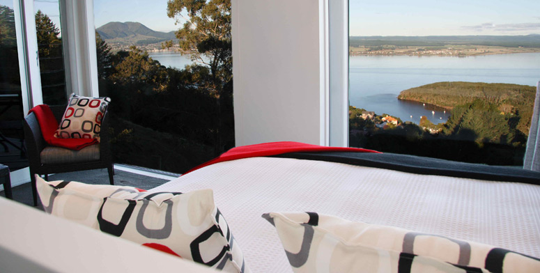 Breathtaking Lake Taupo views from your luxury accommodation at Acacia Cliffs Lodge