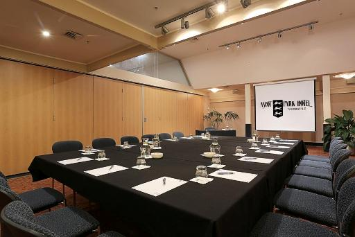 Book your next meeting at Ascot Park Hotel