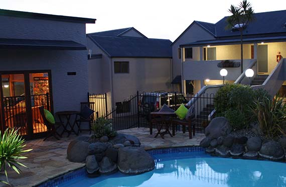 For premium quality Lake Taupo accommodation book your stay with us at Baycrest Lodge