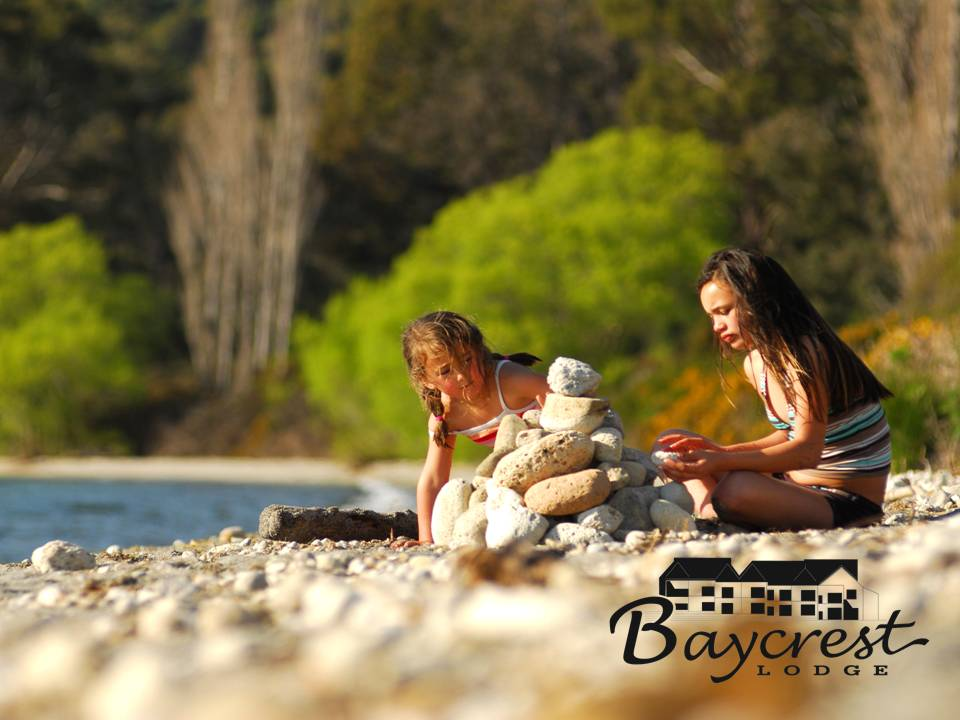 Spend a relaxing day lakeside during your visit to Taupo and Baycrest Lodge
