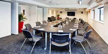 Chateau Marlborough presents the latest in executive-style boardrooms, hosting up to 40 guests.