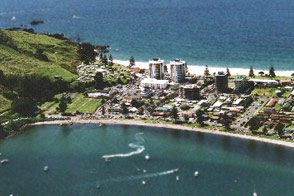 Oceanside Resort & Twin Towers's unique location at the foot of Mauao