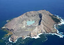 Professional marine operators will take you on a 6 hour journey to New Zealand's only active marine volcano White Island
